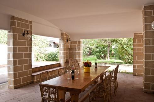 Villa vicina a Lucio Battisti e Mogol