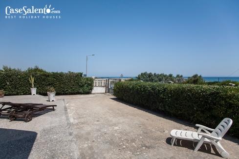 villetta-sulla-spiaggia-in-Salento