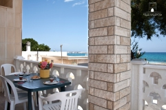 Holiday house code m160